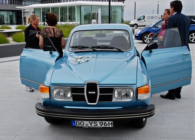 Saab como um carro de casamento