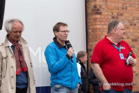 Konstnär Simo Heinonen, Trollhättans stad Peter Andersson och Peter Bäckström