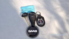 En ny logotyp på nyckeln och den klassiska Griffin på nyckelkedjan ...