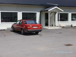 Il CD di Saab 9000 di Volker davanti al Bimuseum del Kisa