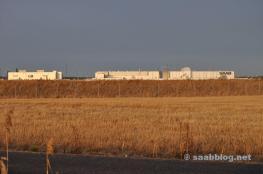 Sol de invierno y la fábrica de Saab.