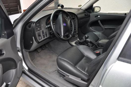 Cockpit típico Saab. Imagem: Daniel Schmutzler