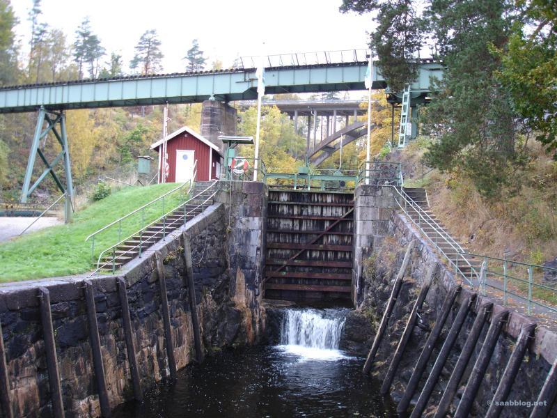 En la cerradura inferior del puente de Håverud