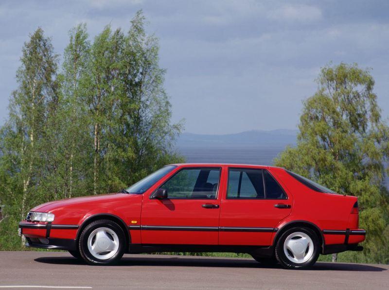 Saab 9000. Questo è quello che sembrava il mio primo Saab.