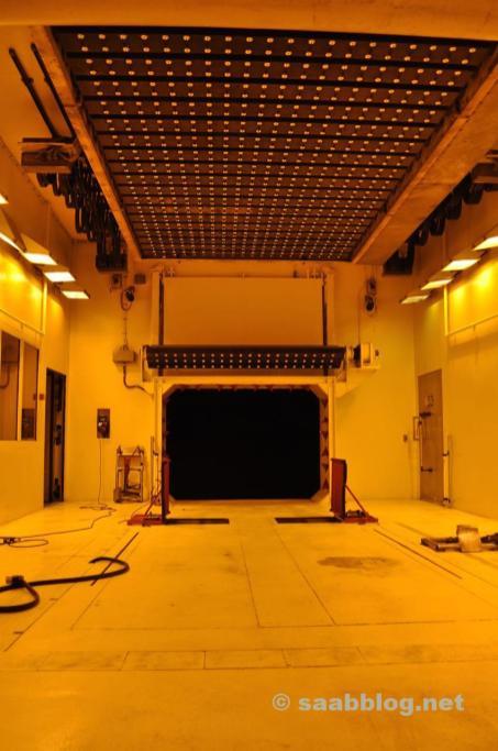 Sol elétrico no vento - túnel de ar.