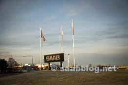 Noch steht das Saab Schild.