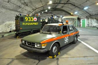 Egal ob mit 4 Rädern, wie der Saab 99...