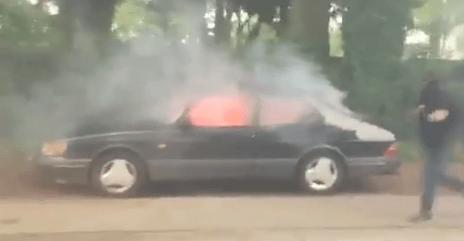 Automobiel cultureel erfgoed brandt. Zinloos en verdrietig.