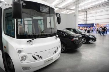 New Long Ma Minibus och NEVS EV. Foto Kredit: NEVS