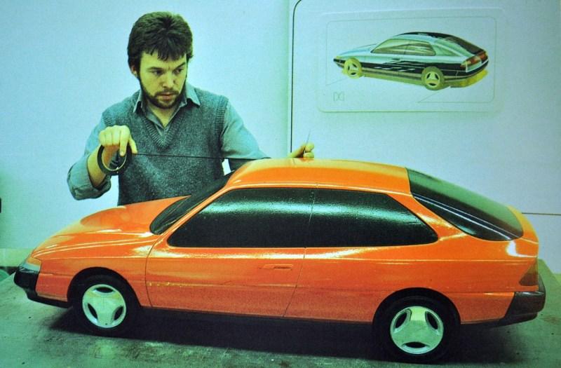 Geoff Wardle arbetar med Saab X67-projektet.