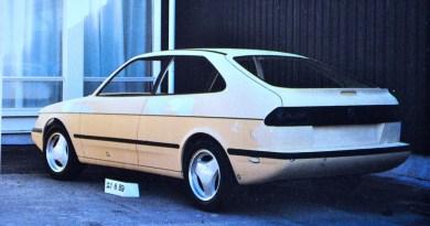 Saab 900 II Saga. Projekt 102.