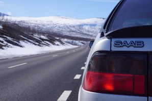 Saab 9000 sul North Course. Immagine di Pascal