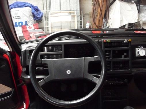 Cabina de Lancia Delta HF