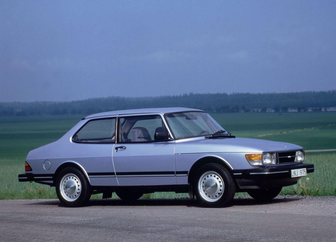 Saab 90. Een compromis geboren uit noodzaak