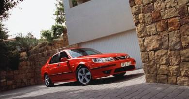 Saab 9-5 ano do modelo Aero 2005. O que mais parques fora da porta da frente. Existem alternativas para a Saab?