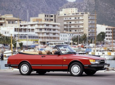 Un 900 Turbo Cabriolet avant le lifting