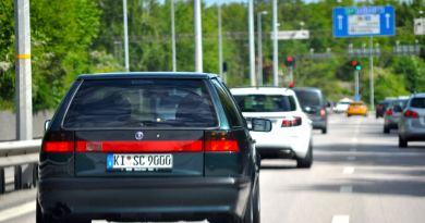 På vägen i Saab stad Trollhättan