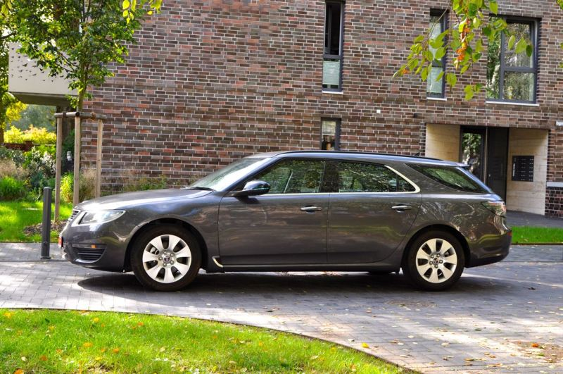 Una delle ultime nuove auto Saab