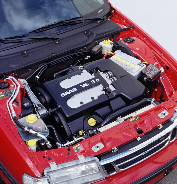 Saab en de zescilinder. De V6 in de 9000. Gedwongen door GM?