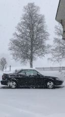 Cabriolet na neve. Foto de Horst que acidentalmente viu o Saab na frente da lente. Obrigado!