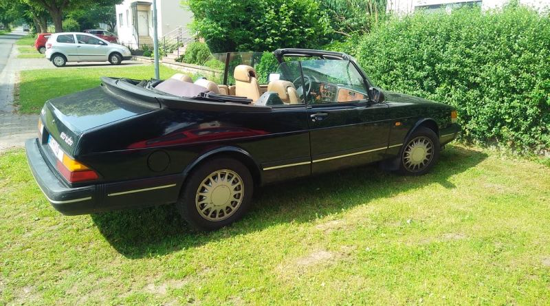 Saab 900 Cabriolet, first model year for Europe