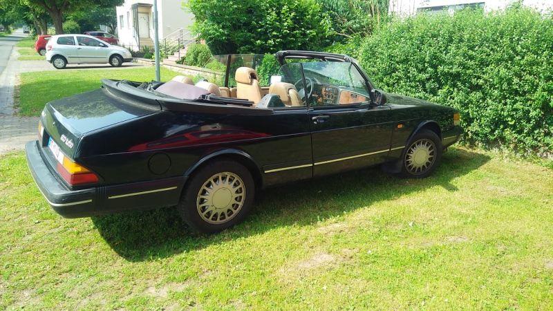 Saab 900 Cabriolet, första modellåret för Europa