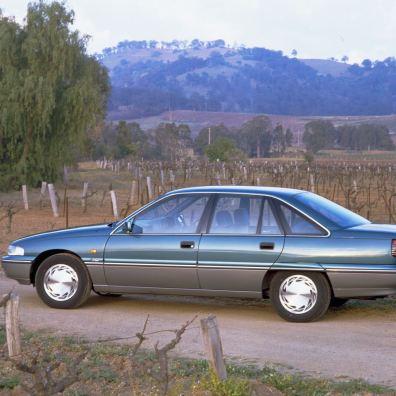 Holden Commodore. Había 2 prototipos con motor Saab. Imagen: Holden