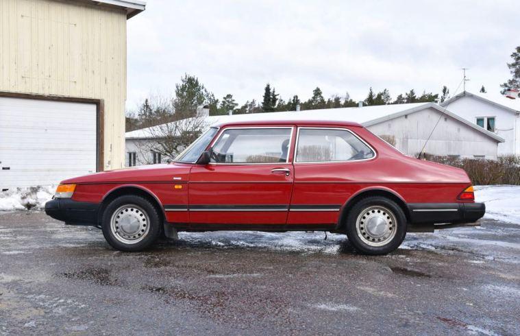 Saab 900i uit 1989