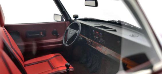 Cockpit mit der typischen Ladedruck-Anzeige