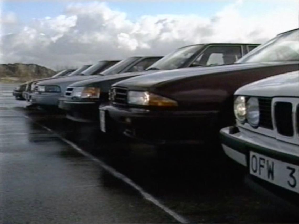 Saab Spotlight 1989. Saab 9000 CDi 2.3-14 vs. Concorrentes.