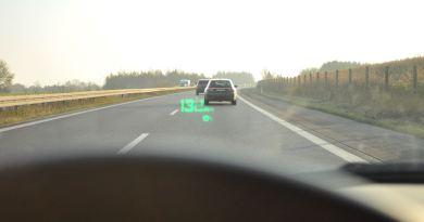 Generelles Tempolimit auf deutschen Autobahnen? Die Lesenden sind gespalten.