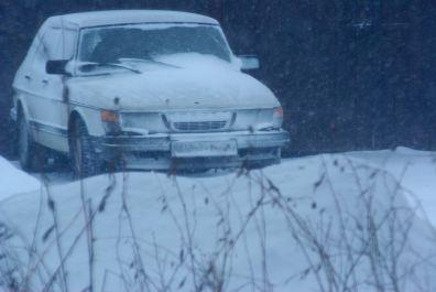 Snövit = snövit på väg i Västergötland.