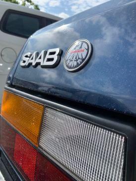 Saab e Eintracht Frankfurt. Patriotismo local.
