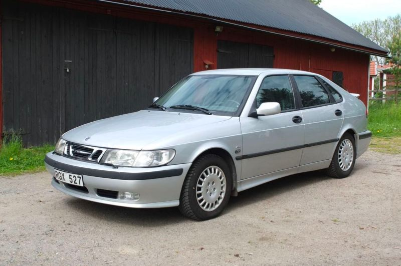 A Saab 9-3 Aero comes up for auction in Sweden