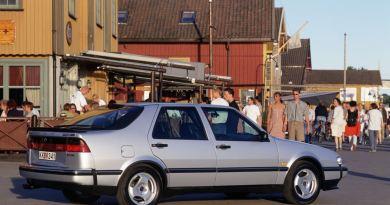 Uma comparação impossível? Saab contra Porsche, Jaguar e Audi.