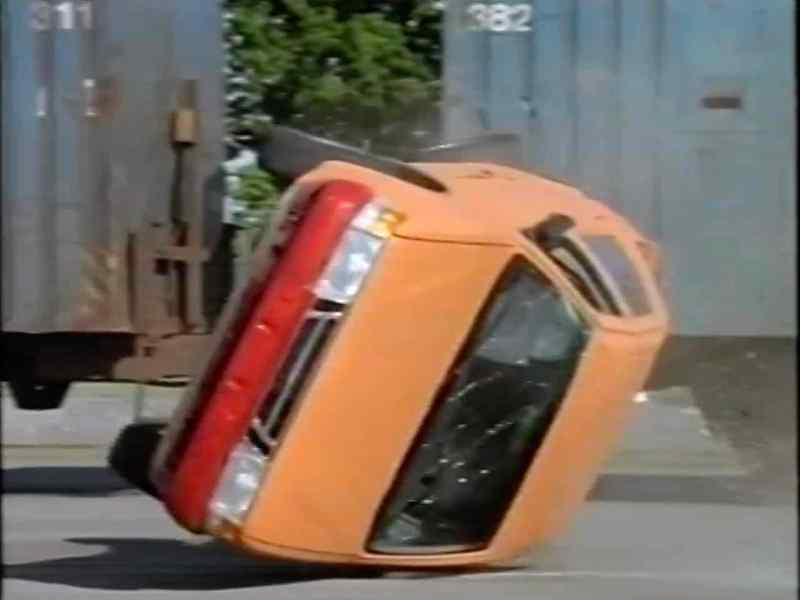 200 Millisekunden Deines Lebens. Unfallforschung bei Saab.