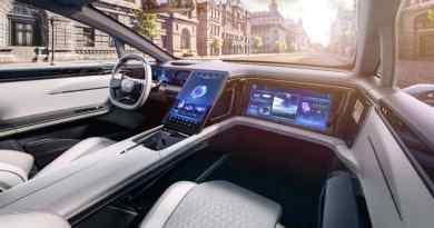 Pekskärm i bilen. EV-prototyp från Human Horizons, planerad serie 2021