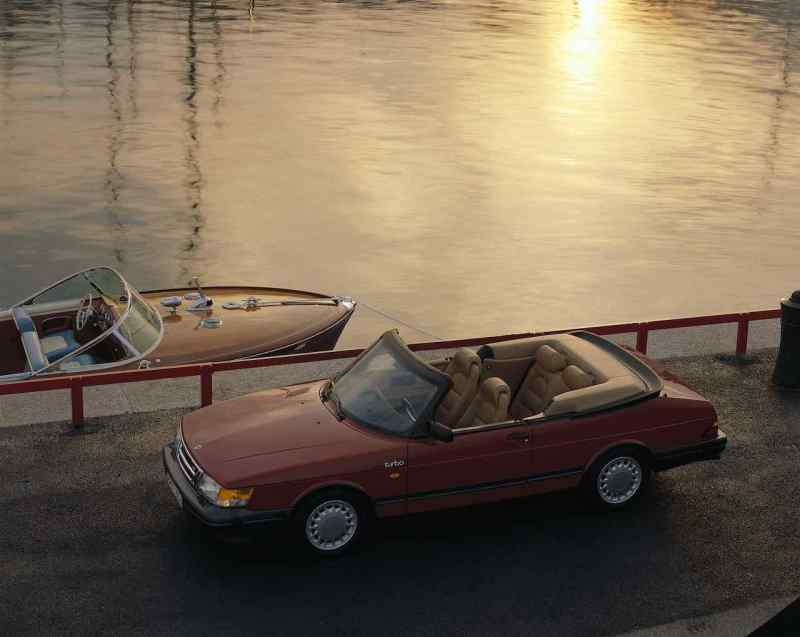Saab 900 Cabriolet: un icono de Suecia