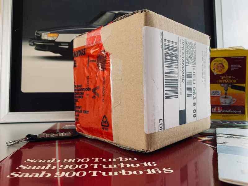 ¡Aquí está finalmente, el paquete tan esperado!