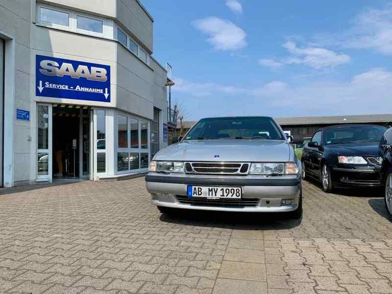 Saab 9000 bei Saab Service Frankfurt