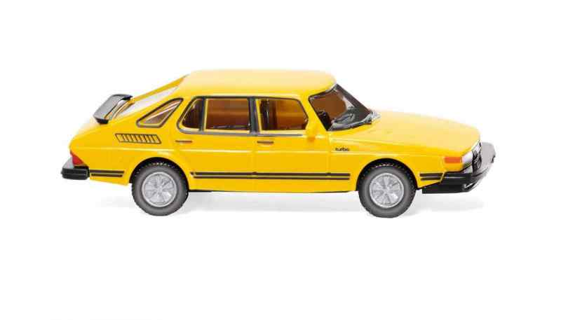New: Saab 900 Turbo from Wiking