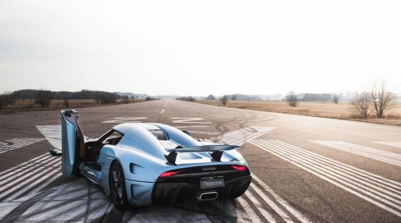 Koenigsegg Regera en la pista