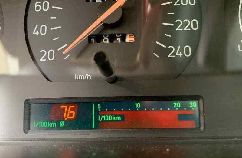 Расход Saab 9000 в среднем