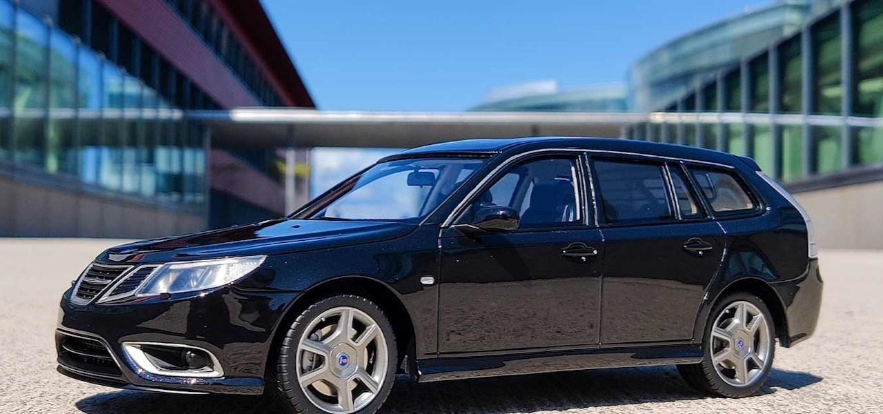 Saab Turbo X sportdräkt DNA