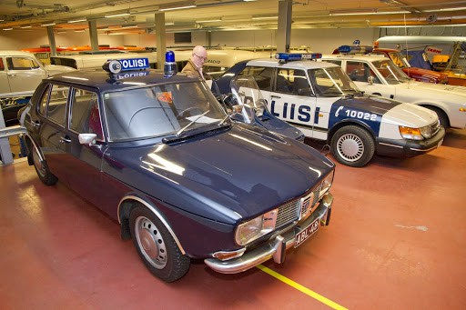More Police Saabs – a 99 and a 900.