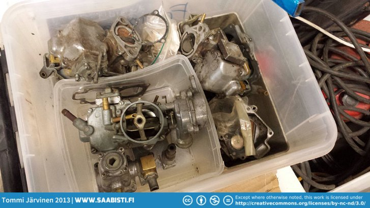 For Sale: Fomoco carburetors basket case. Parts from four carbs. At least one complete with the US market emission device.
