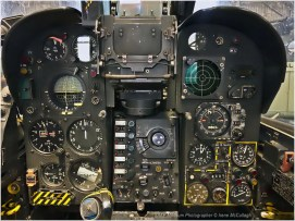 WBB_0385-Mirage-instrument-panel