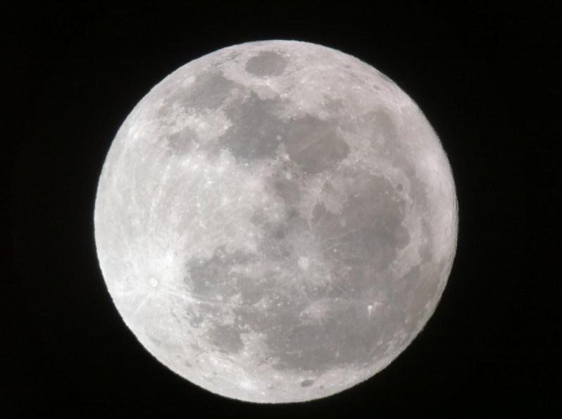 moon-march-2012-senin