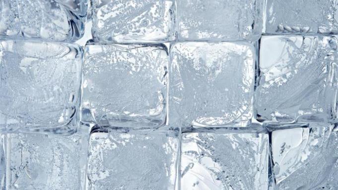 long-make-ice-cubes_8d1e1b51b972a9b3
