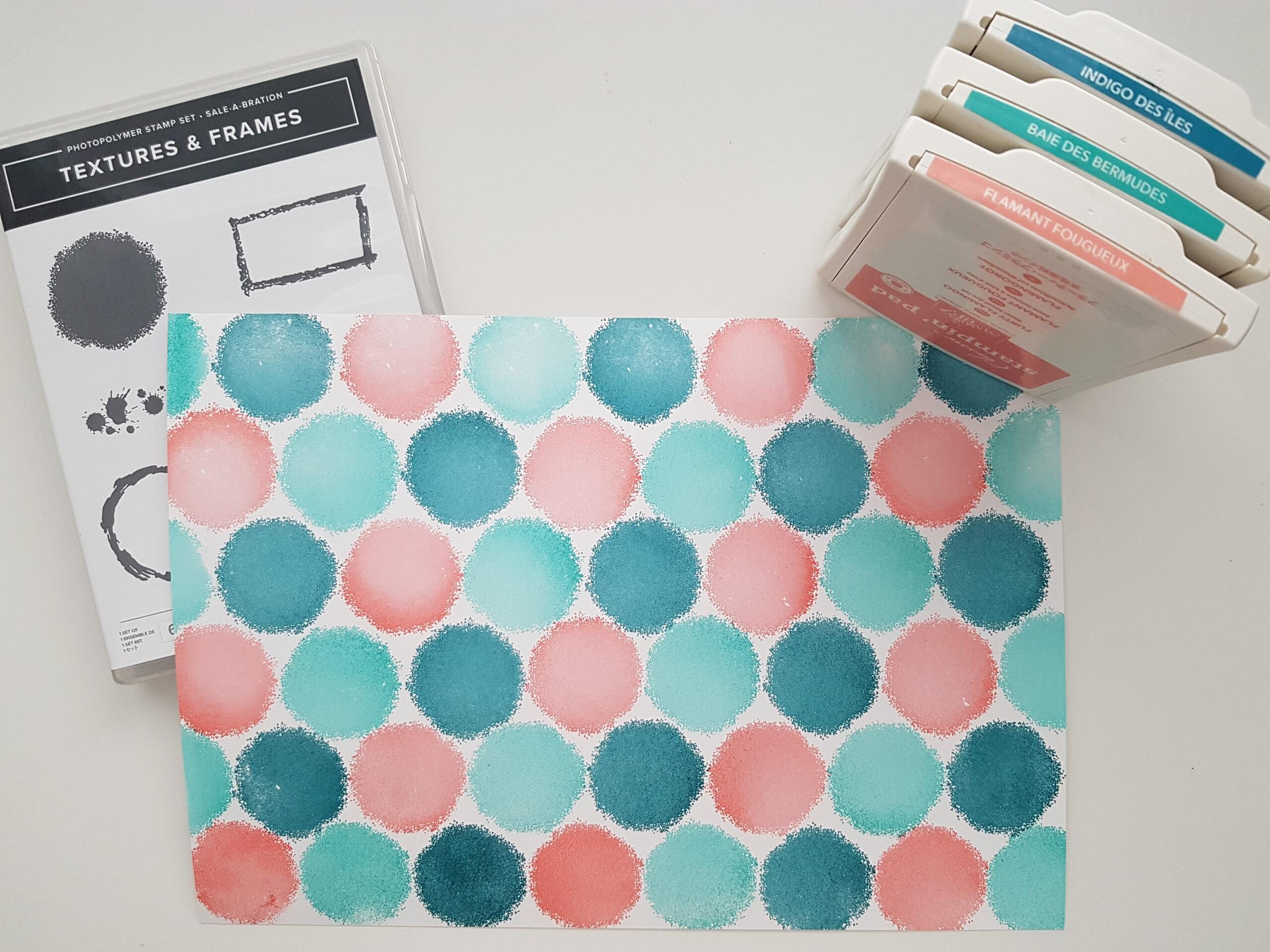 Faire soi-même son papier design avec le set de tampons «Textures & Frames»